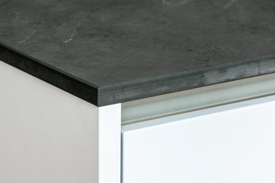 ringstr-küche-detail-arbeitsplatte.jpg