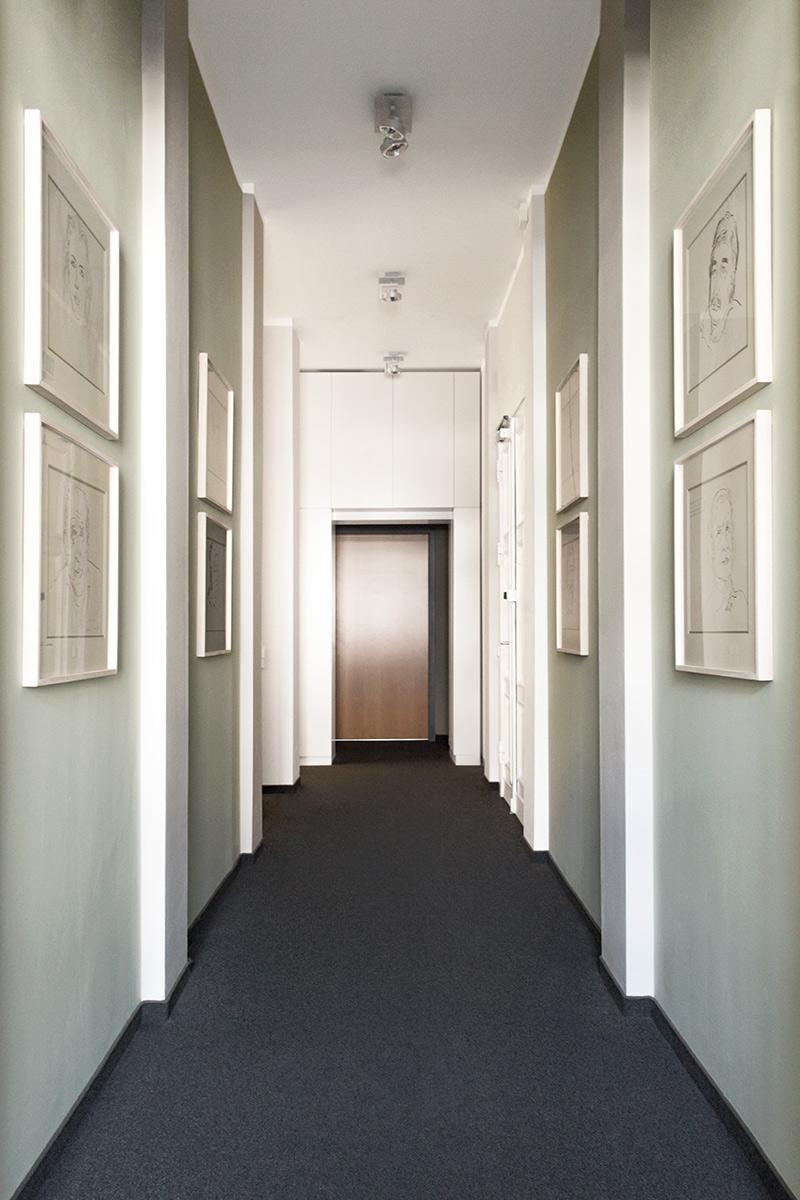 hegelplatz-büro-einbauschrank-diele.jpg