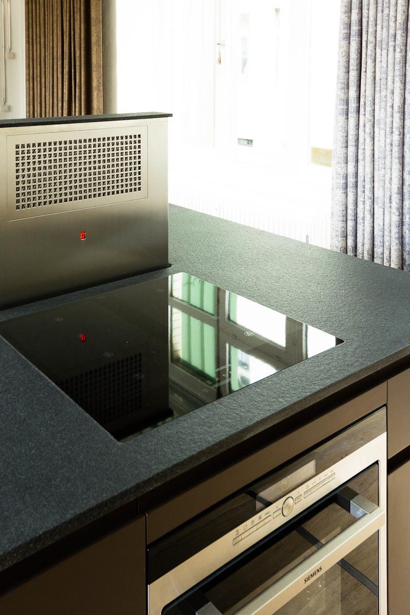 oranienstr-küche-in-loft-detail-muldenlüfter.jpg