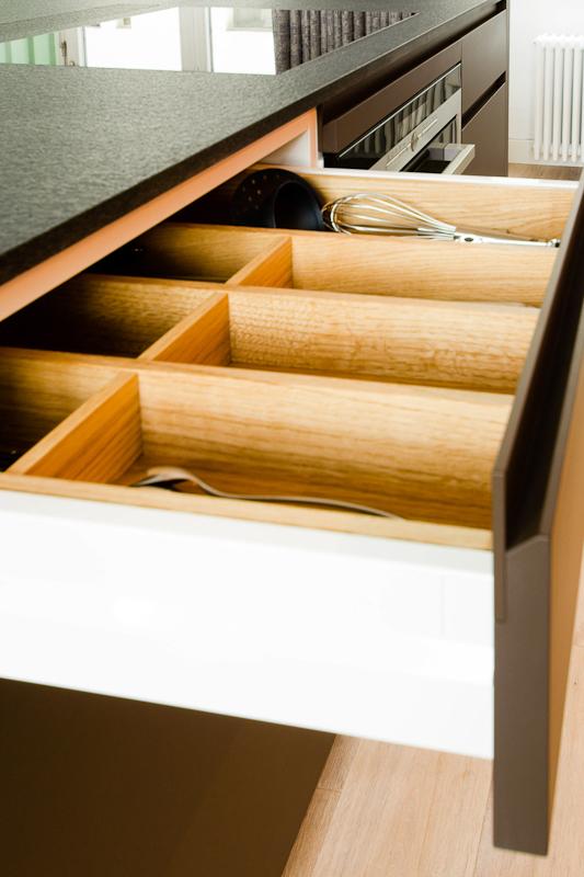 oranienstr-küche-in-loft-detail-schublade.jpg
