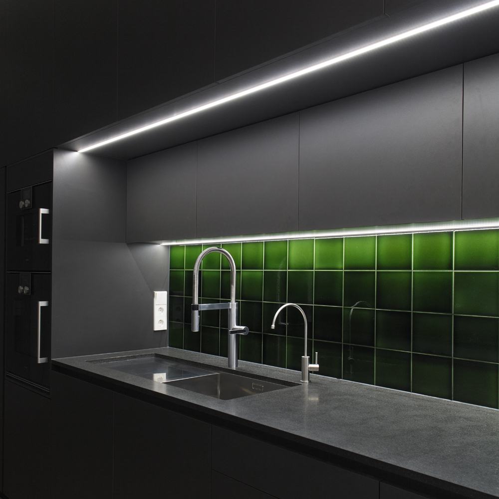 detmolder-str-küche-ansicht-beleuchtet-detail.jpg